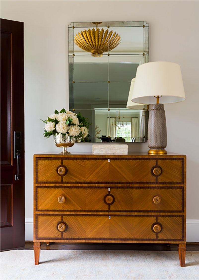 pretty dresser and accessories