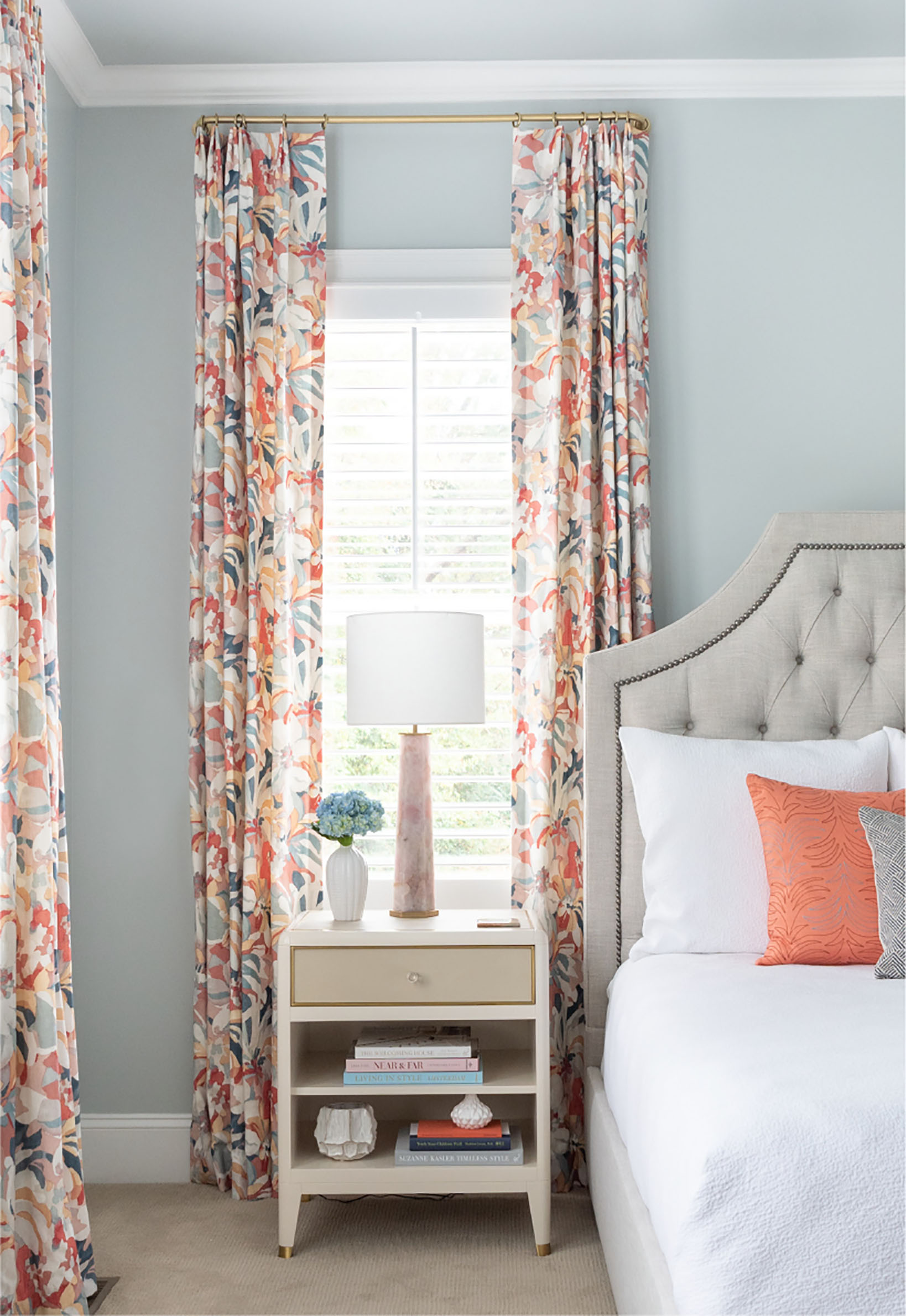 floral curtains bedroom interior design